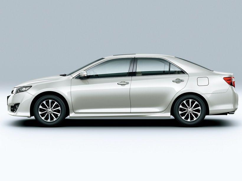 Toyota Camry 2012, United Arab Emirates
