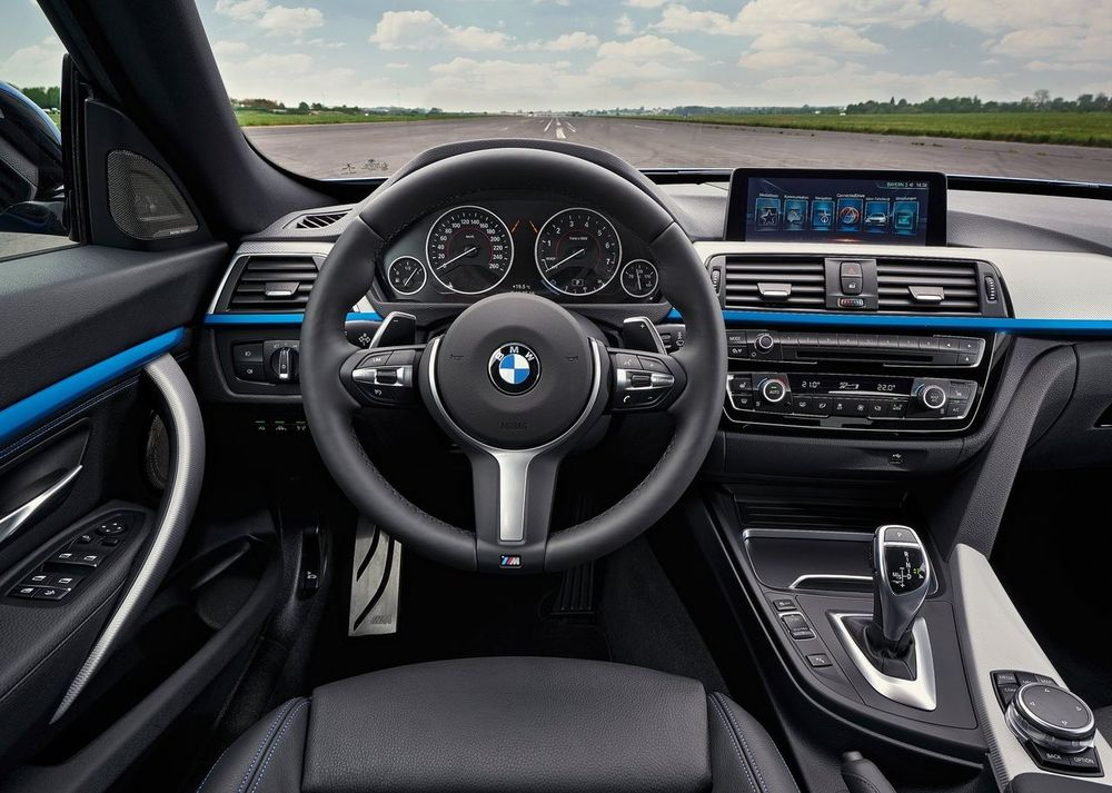 BMW 3 Series Gran Turismo 2017, United Arab Emirates