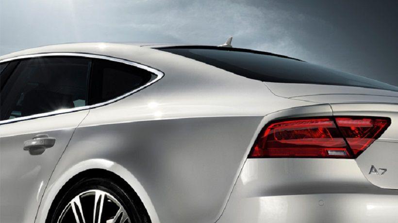 Audi A7 2017, United Arab Emirates