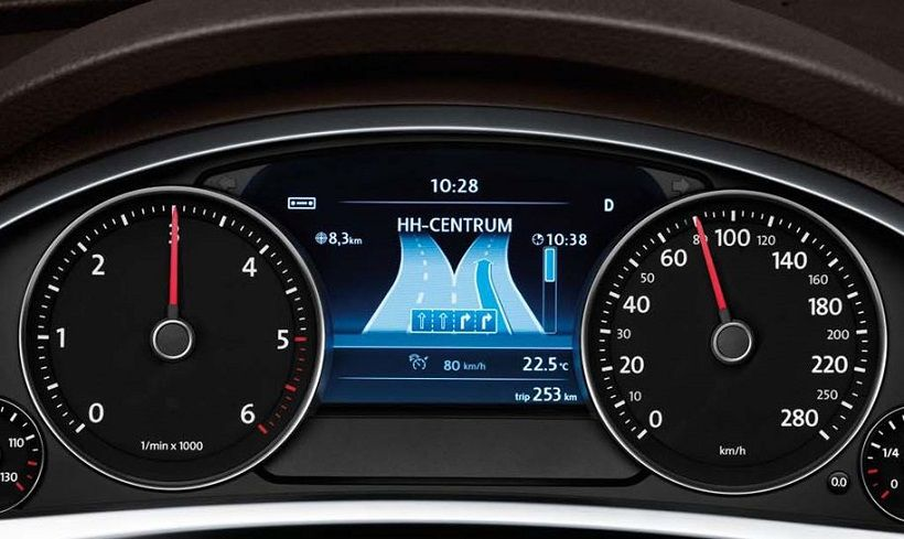 Volkswagen Touareg 2017, United Arab Emirates