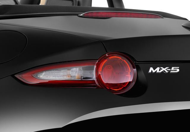 Mazda MX-5 2017, United Arab Emirates