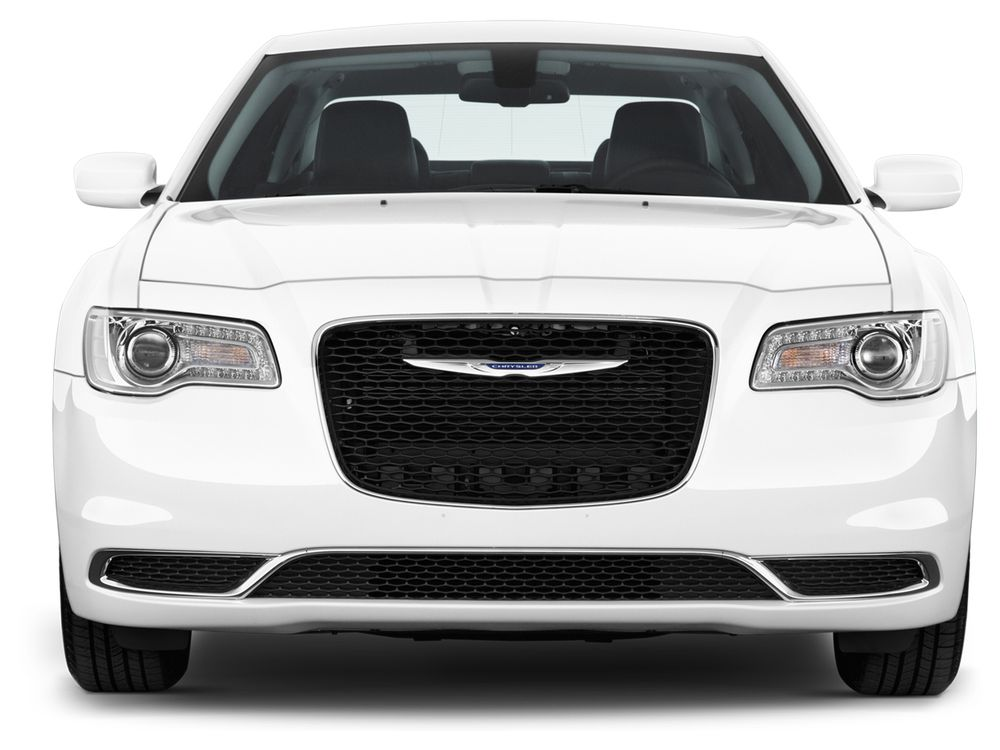 Chrysler 300C 2017, Kuwait