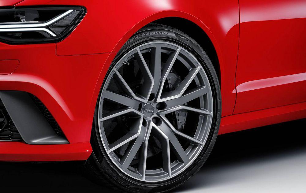 Audi RS6 Avant Performance 2017, Oman