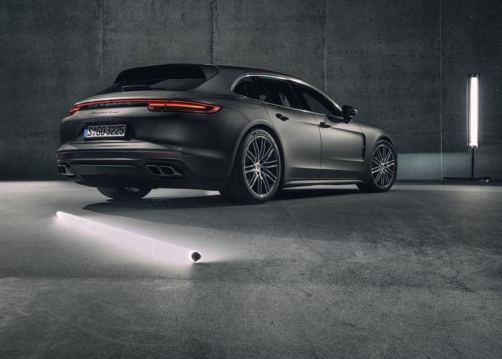 Porsche Panamera Sport Turismo 2017, Kuwait