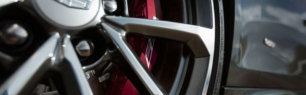 Cadillac ATS-V Coupe 2017, United Arab Emirates