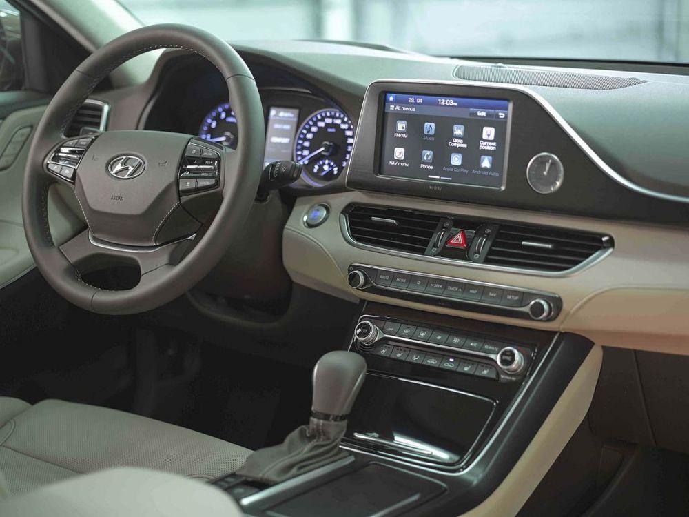 Hyundai Azera 2018, Bahrain