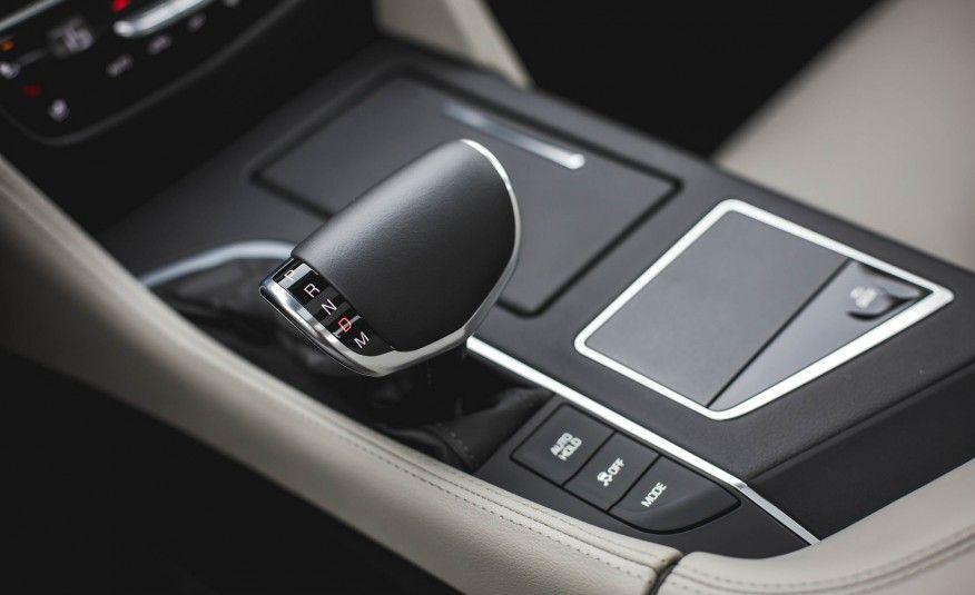 Cadillac CT6 Sedan 2018, Kuwait