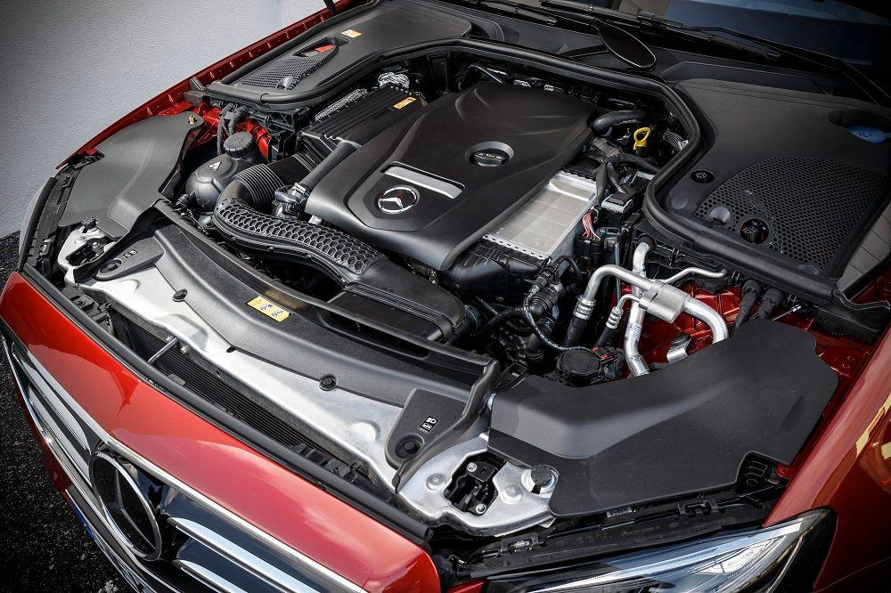 Mercedes-Benz E-Class Saloon 2018, Qatar