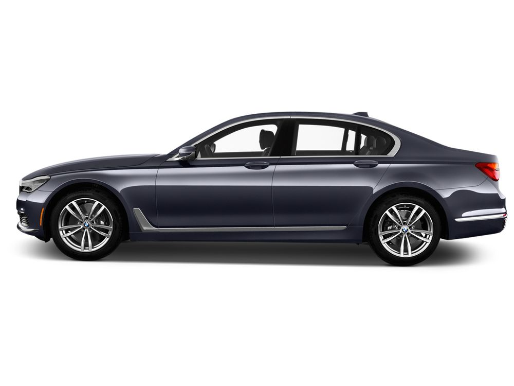 BMW 7 Series 2018, Oman