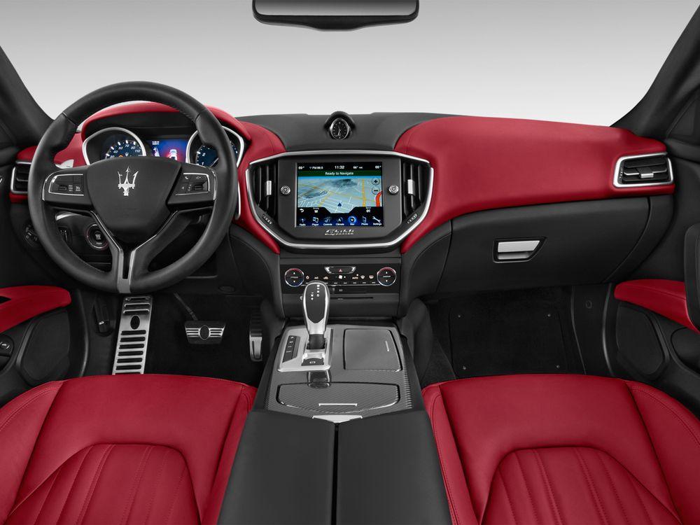 Maserati Ghibli 2018, United Arab Emirates
