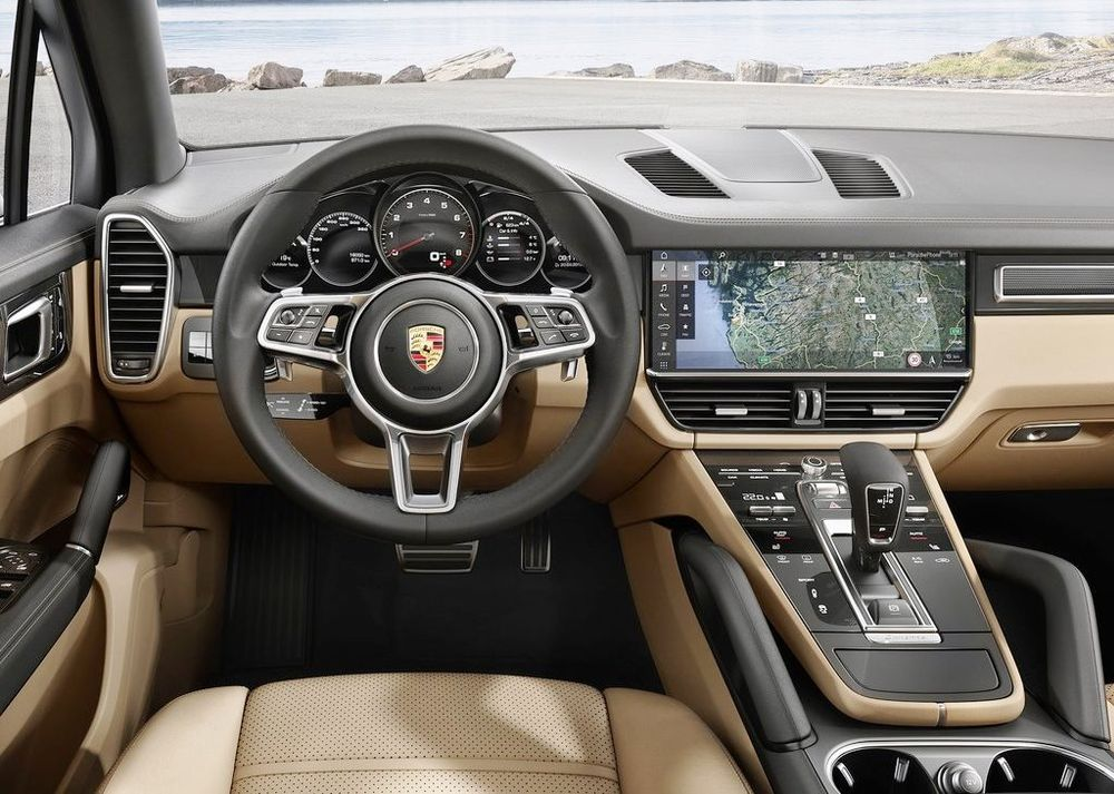 Porsche Cayenne 2018, United Arab Emirates