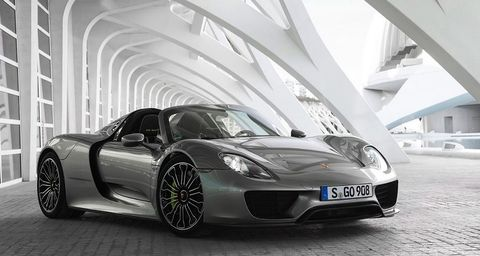 Porsche 918 Spyder 2018 Base, Kuwait, https://ymimg1.b8cdn.com/resized/car_model/3687/pictures/3354298/mobile_listing_main_2014_Porsche_918_Spyder_Front.JPG