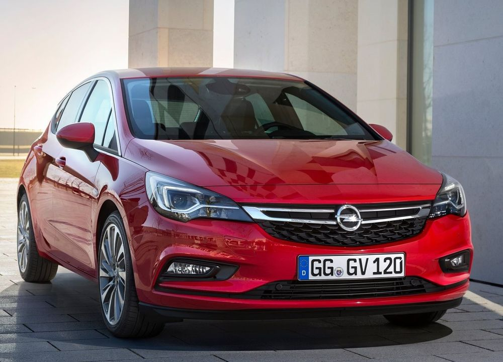 Opel Astra Hatchback 2018, Bahrain