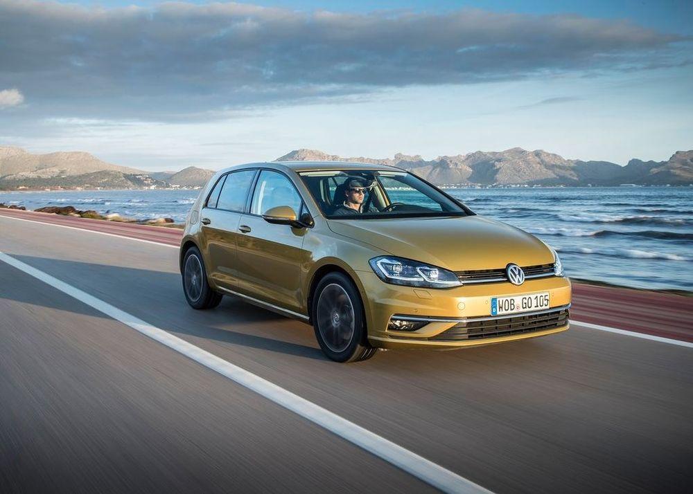 Volkswagen Golf 2018, United Arab Emirates
