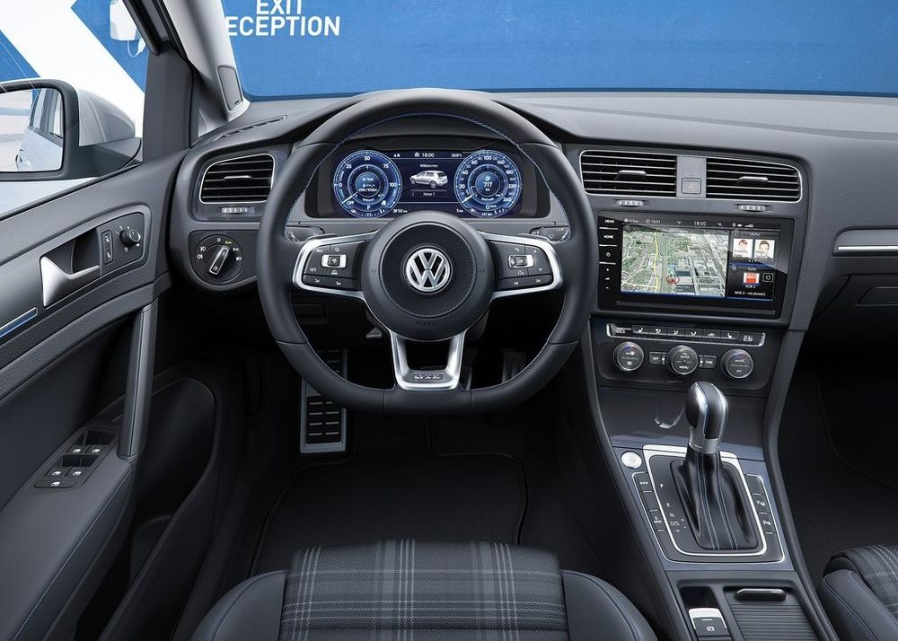 Volkswagen Golf 2018, Egypt