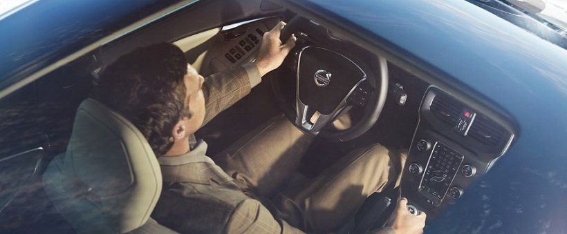 Volvo V40 2018, Saudi Arabia