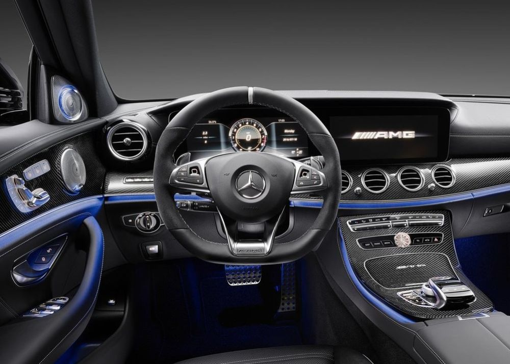 Mercedes-Benz E 63 AMG 2018, United Arab Emirates