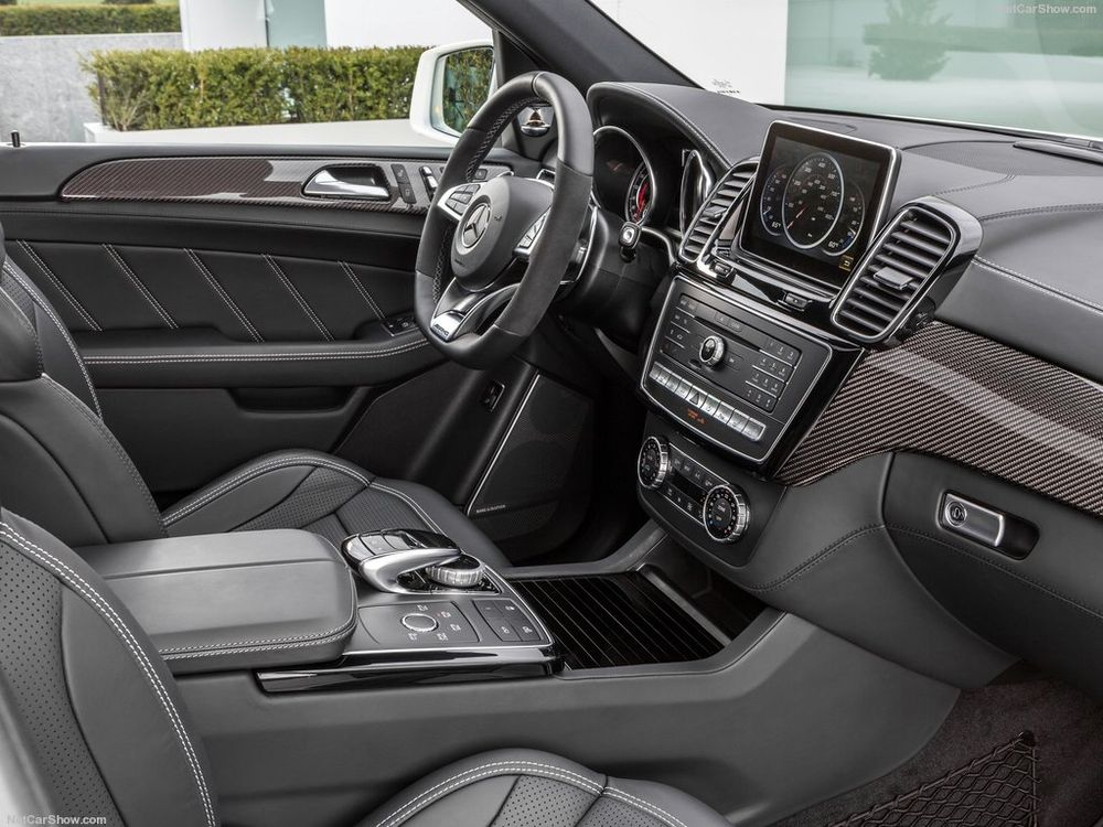 مرسيدس بنز جي إل إي63 AMG 2018, oman