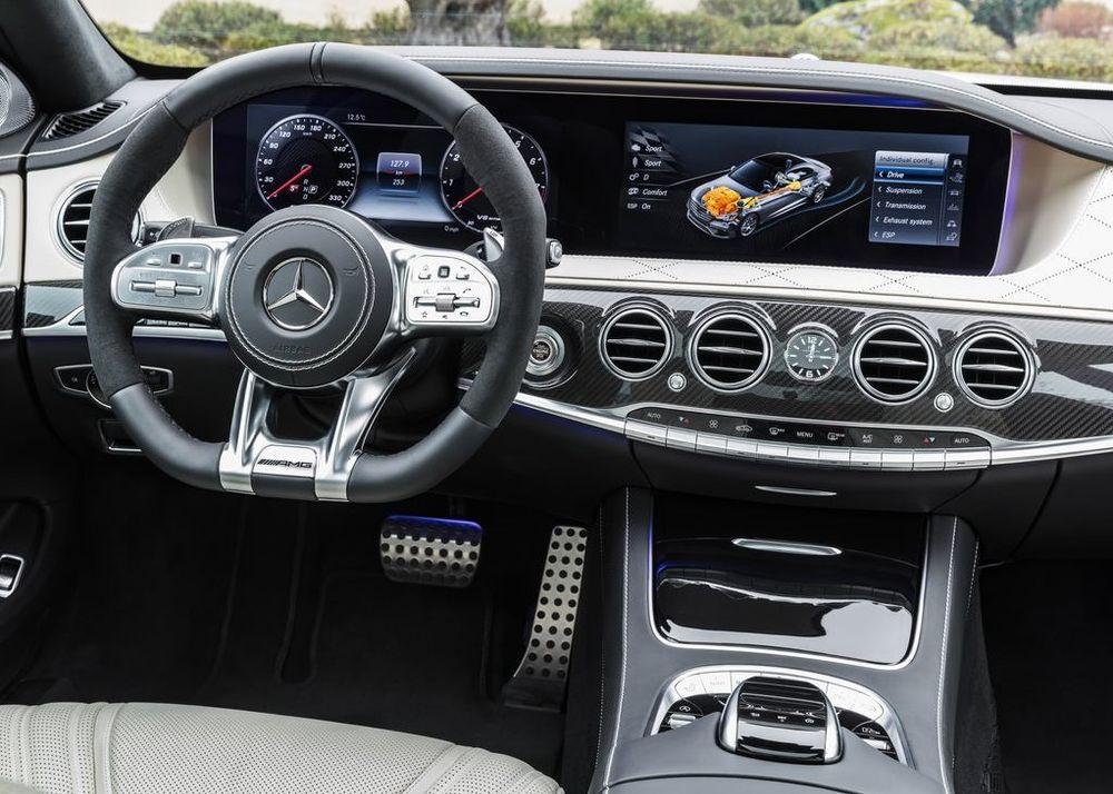 Mercedes-Benz S 63 AMG 2018, Kuwait