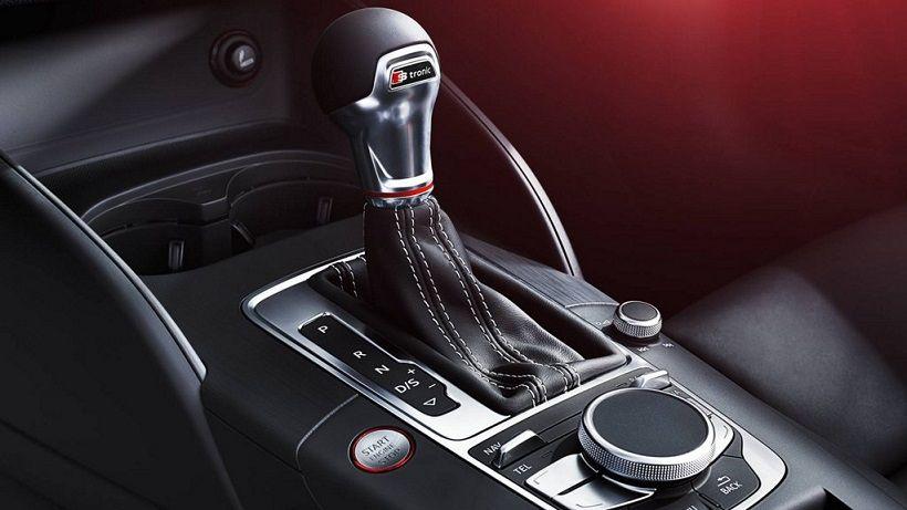Audi S3 Sedan 2018, United Arab Emirates