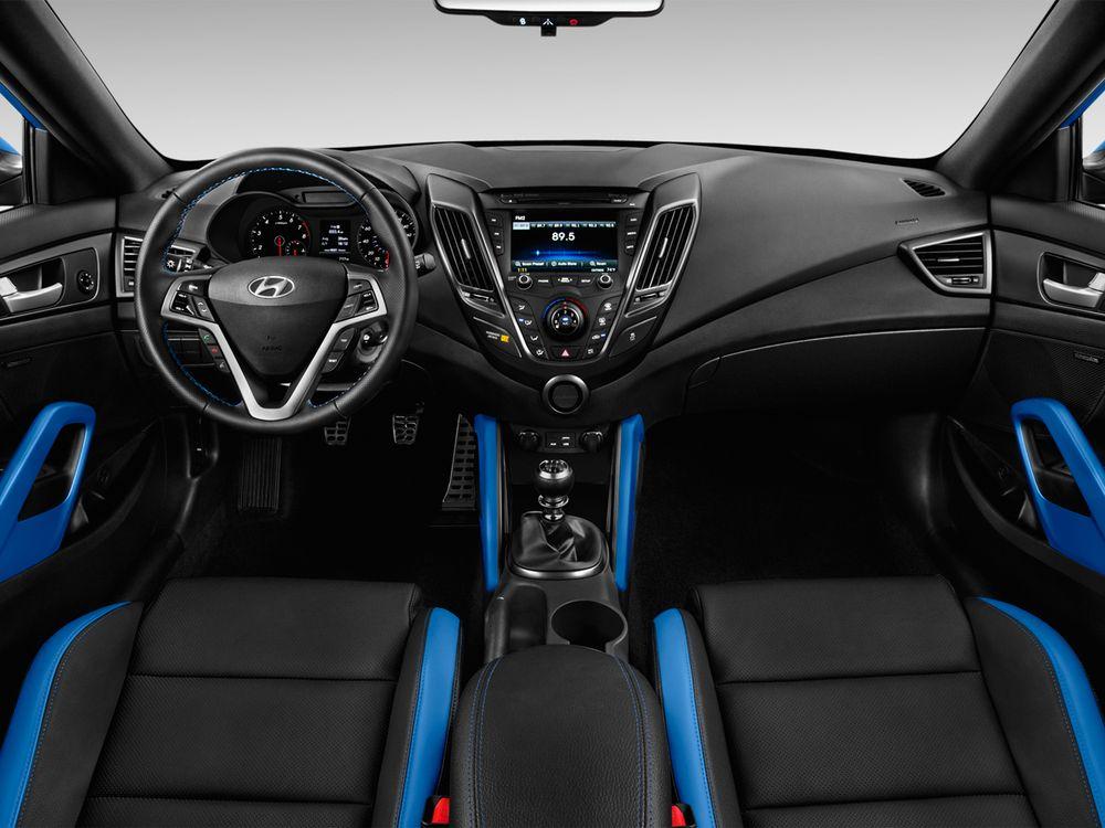Hyundai Veloster Turbo 2018, Kuwait