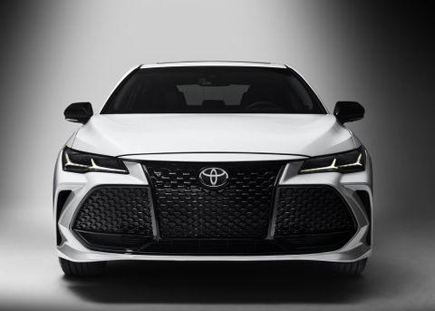 Toyota Avalon 2019 3.5L V6 Limited, United Arab Emirates, https://ymimg1.b8cdn.com/resized/car_model/4254/pictures/3630302/mobile_listing_main_2019_Toyota_Avalon__1_.jpg