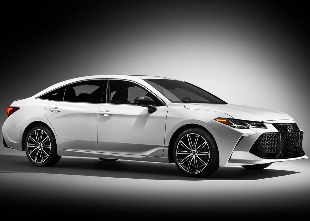 Toyota Avalon 2019, United Arab Emirates