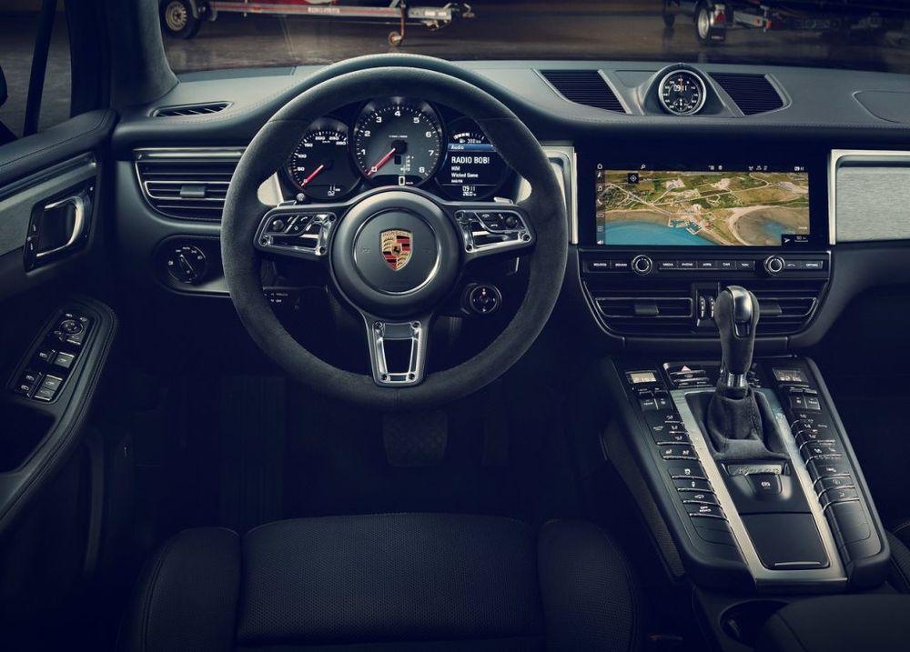 Porsche Macan 2019, Saudi Arabia