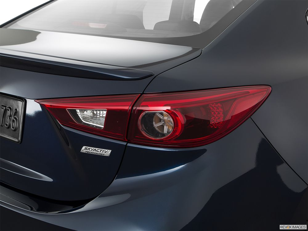 Mazda 3 Sedan 2019, United Arab Emirates