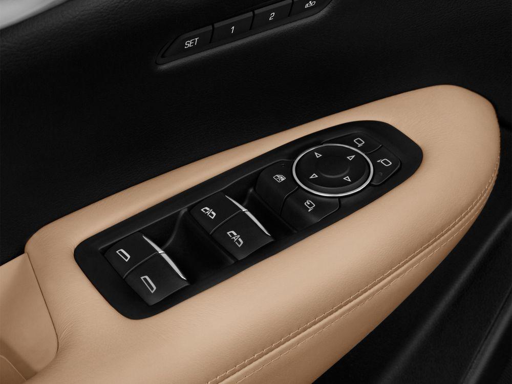 Cadillac XT5 Crossover 2019, Oman