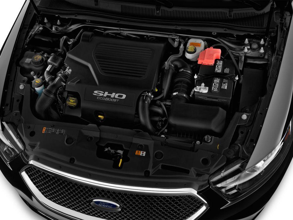 Ford Taurus 2019, Oman