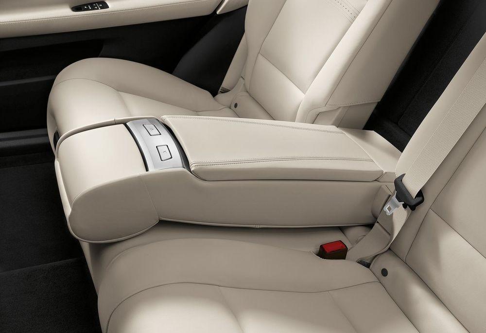BMW 5 Series Gran Turismo 2019, Oman