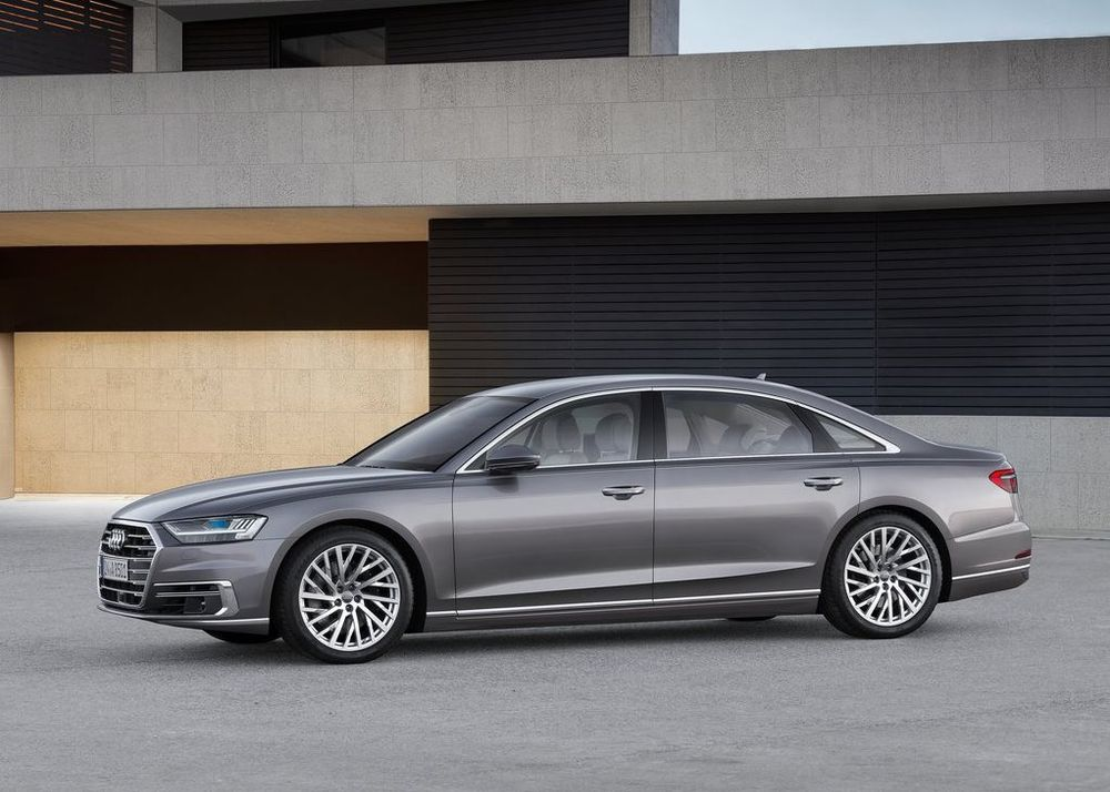 Audi A8 L 2019, United Arab Emirates