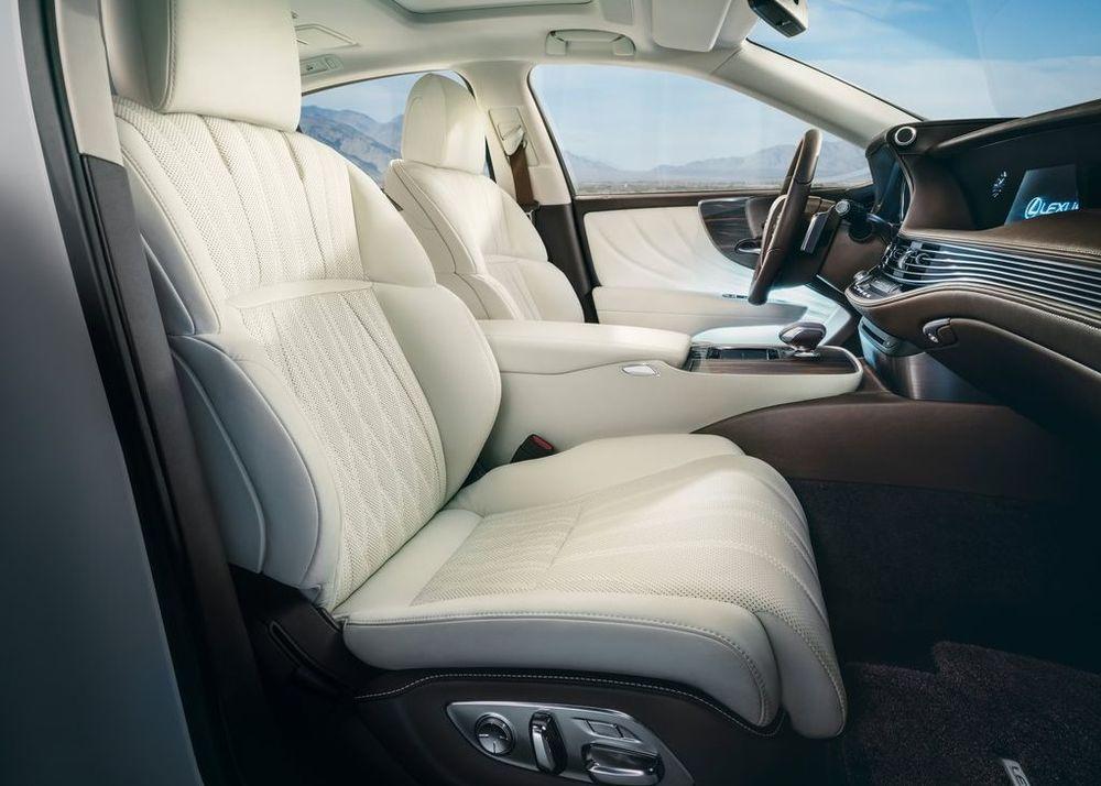 Lexus LS 2019, Kuwait