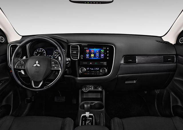 Mitsubishi Outlander 2019, United Arab Emirates
