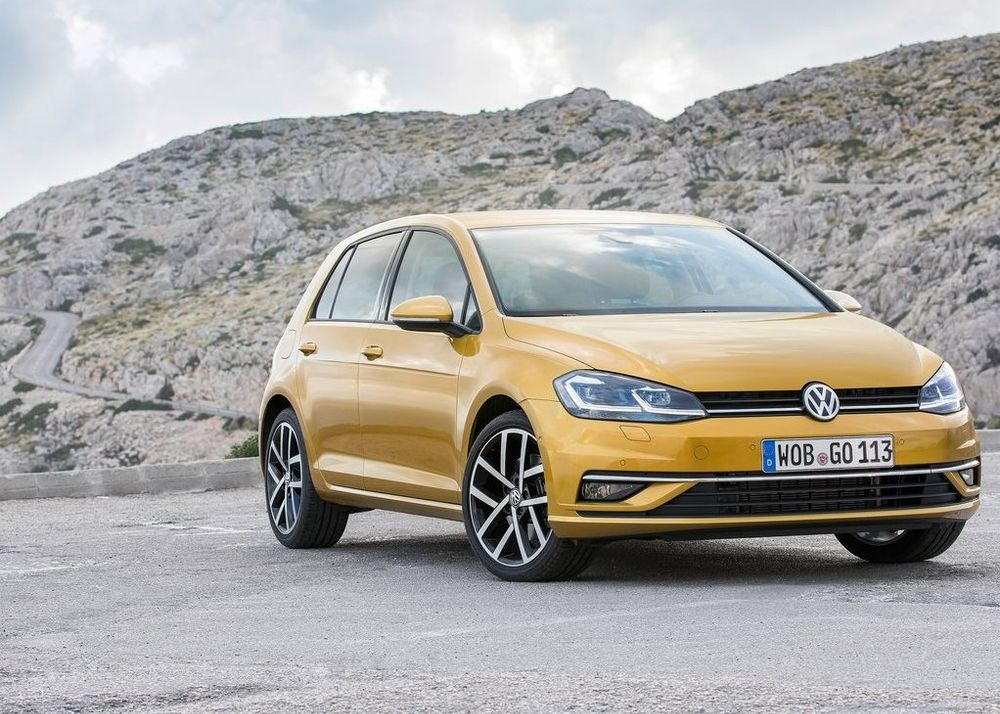 Volkswagen Golf 2019, United Arab Emirates