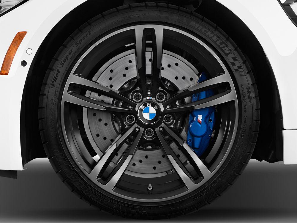 BMW M4 Coupe 2019, Bahrain
