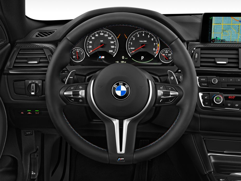 BMW M4 Coupe 2019, Saudi Arabia