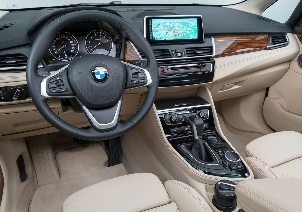 BMW 2 Series Active Tourer 2019, Oman