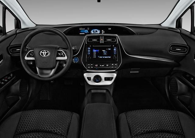 Toyota Prius 2019, Oman