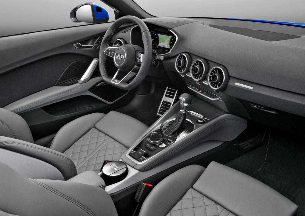 Audi TT Roadster 2019, United Arab Emirates