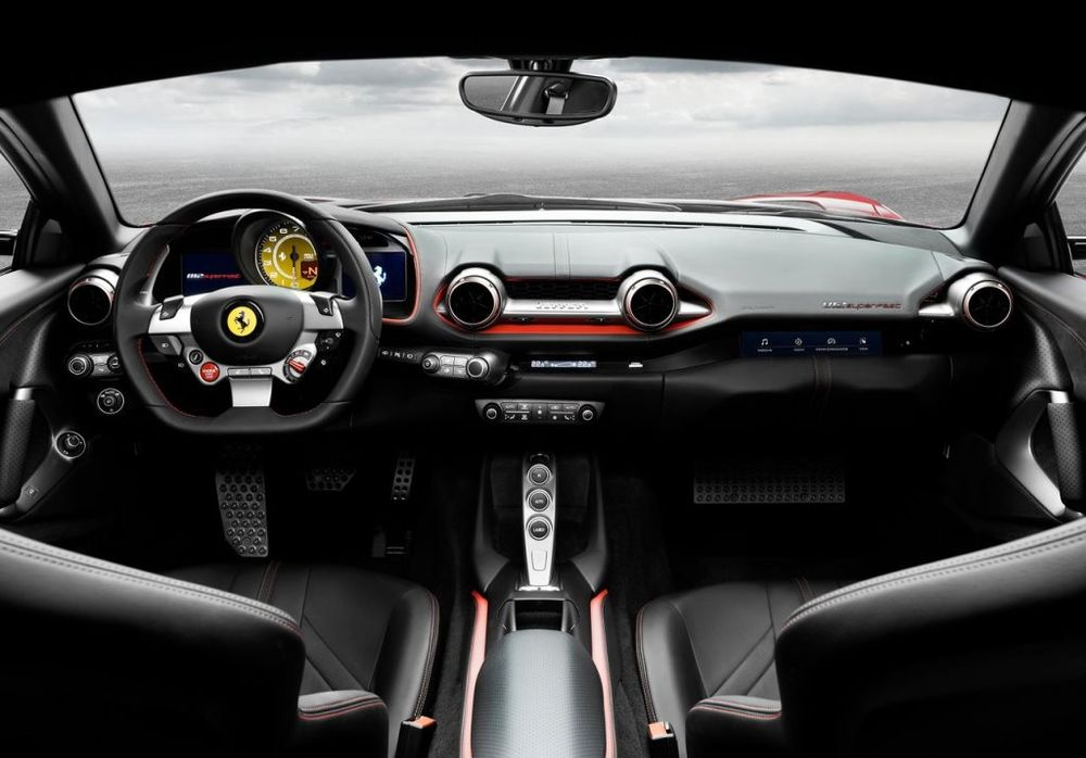 Ferrari 812 Superfast 2019, Saudi Arabia