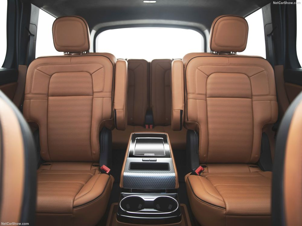 Lincoln Aviator 2020, United Arab Emirates
