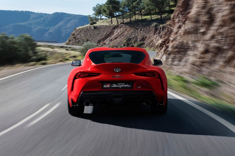 Toyota Supra 2020, United Arab Emirates