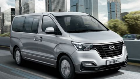Hyundai H1 2020 9 Seater Wagon A T Base In Uae New Car Prices Specs Reviews Amp Photos Yallamotor