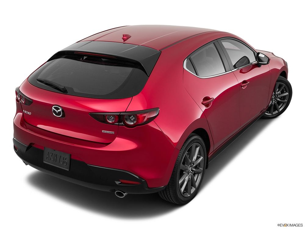 Mazda 3 Hatchback 2020, United Arab Emirates