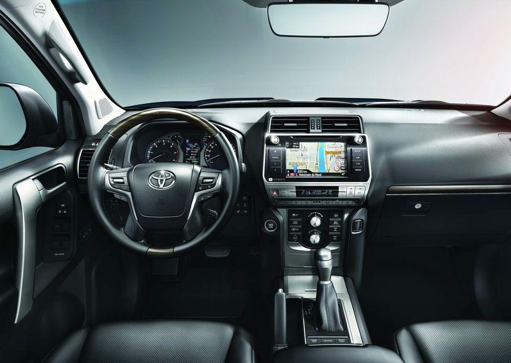 Toyota Land Cruiser Prado 2020, Qatar