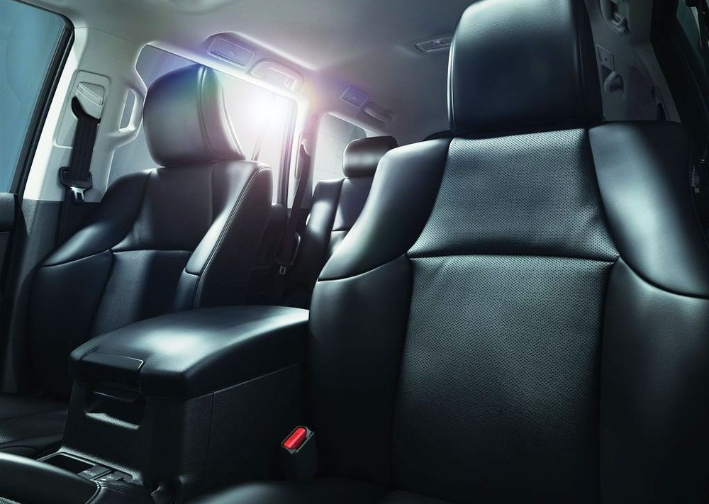 Toyota Land Cruiser Prado 2020, Oman