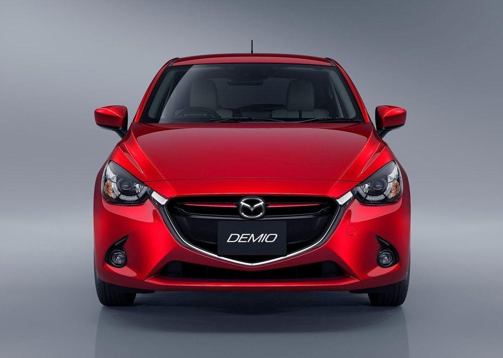 Mazda 2 Hatchback 2020, United Arab Emirates