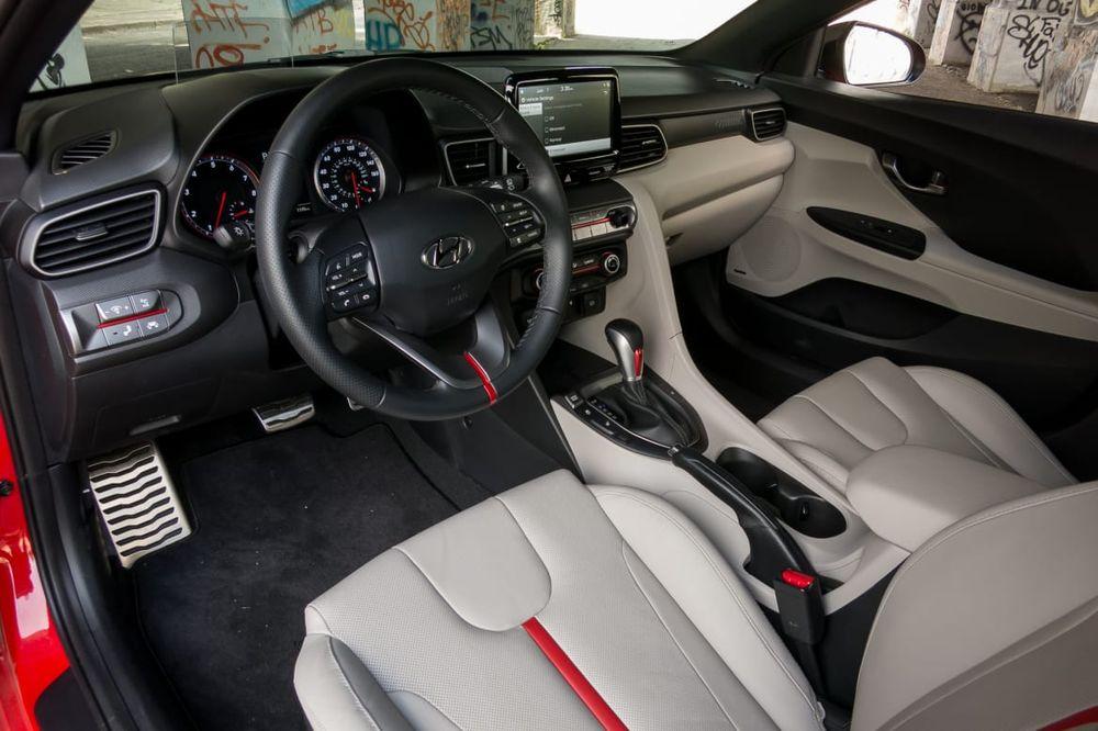 Hyundai Veloster 2020, Qatar